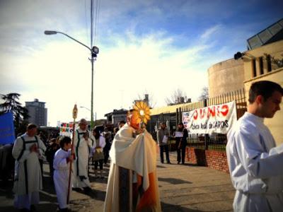 Procesión del Corpus Christi 2012 Campana